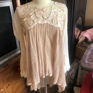 FREE PEOPLE long sleeve laced top size small